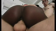 Gracious babe with great cock-sucking abilities has double dicking today