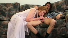 A mature lady's loose old twat still needs some rough dicking