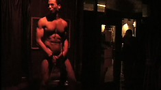 Some hot cock sucking is going on at the gay nightclub tonight, boys