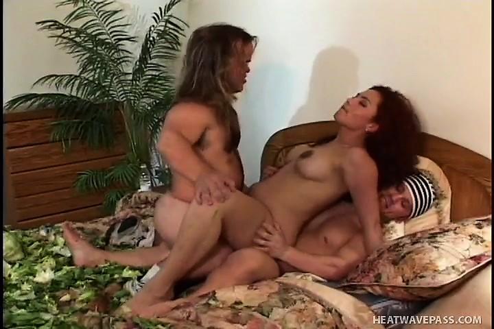Mobile Midget porno HD lesbienne pied porno