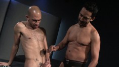 Gay twink sticks a rod in his stud's prick and gets one for himself