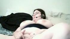 Plumper Amateur Naked Chatting And Masturbating