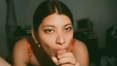 Desi Woman Knows Deepthroat Sucking